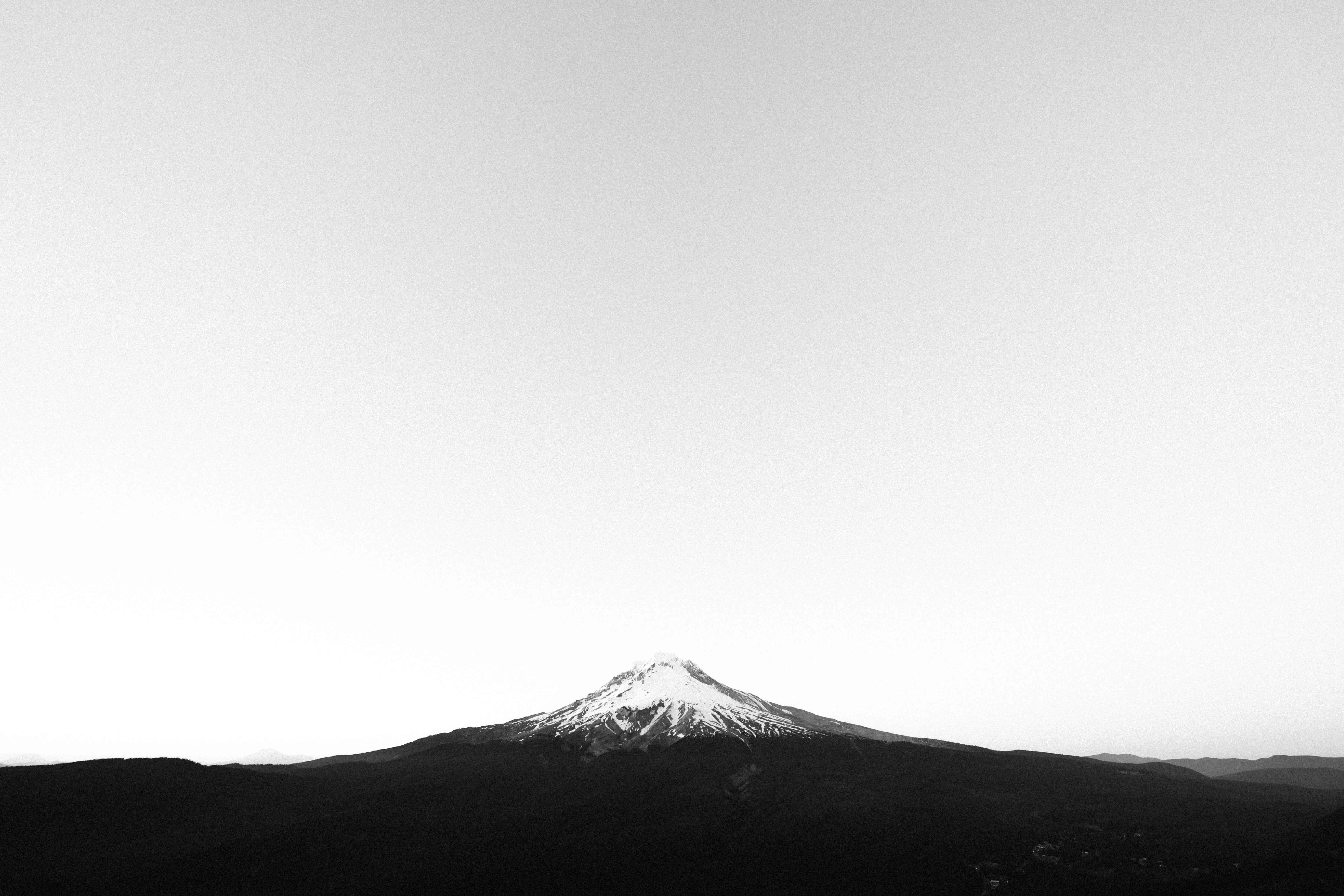cover_gray_mountain