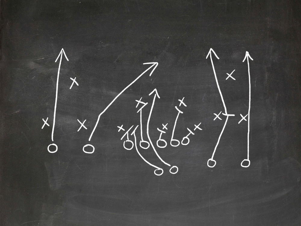 A good coach can consistently draw up the right plays for their sales people